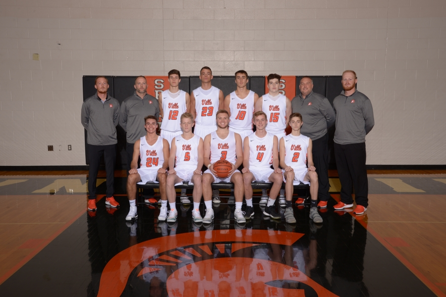boys basketball team